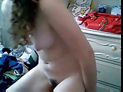 She shows all on cam