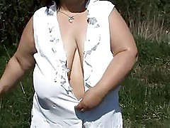 mature BBW with big saggy tits