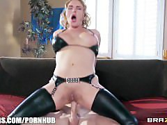 Thick blonde wife Krissy Lynn loves to be fucked in the ass